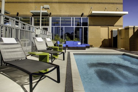 Aloft Austin at The Domain - Outdoor Pool