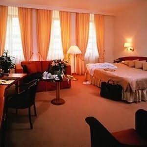 Buelow Palais - Guest Room