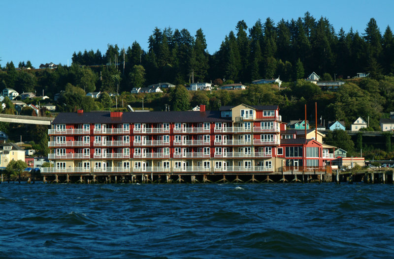 Cannery pier hotel in astoria or 97103 citysearch for Pier hotel new york