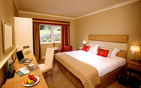 Donnington Valley Hotel andSpa - Guest Room