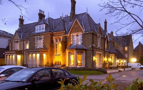 Cotswold Lodge Classic Hotel Dış görünüş