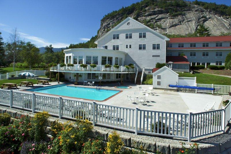 White Mountain Hotel & Resort - North Conway, NH