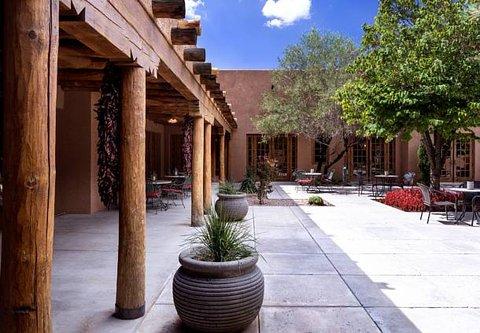 Courtyard Albuquerque - Courtyard