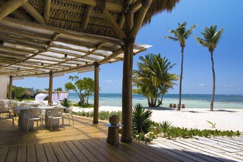 Tortuga Bay Hotel - Playa Blanca