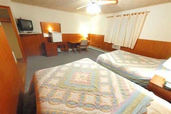 Riverside Inn - Stowe, VT