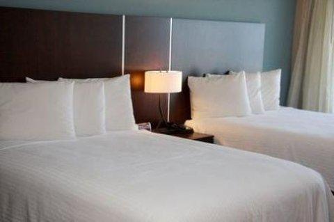 Holiday Inn Resort DAYTONA BEACH OCEANFRONT - Ocean View Deluxe Room