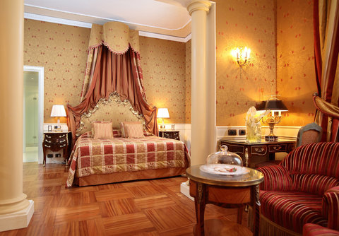 Grandhtl Majestic Gia Baglioni - Junion Suite - eighteenth century French style
