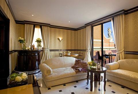 Grandhtl Majestic Gia Baglioni - Art Deco Terrace Suite - Living room