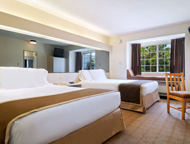Microtel Inn & Suites by Wyndham Nashville - Standard Two Double Bed Room