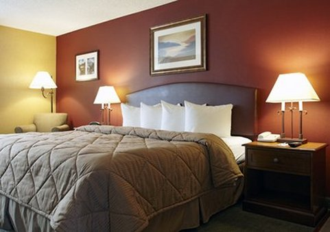 Quality Inn & Suites Boulder Creek - Boulder, CO