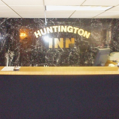 Huntington Inn - Huntington, IN