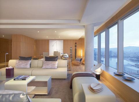 دبليو برشلونة - Extreme WOWSuite Living Room