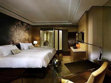 Sofitel Bangkok Sukhumvit - Guest Room -OpenTravel Alliance - Guest Room-