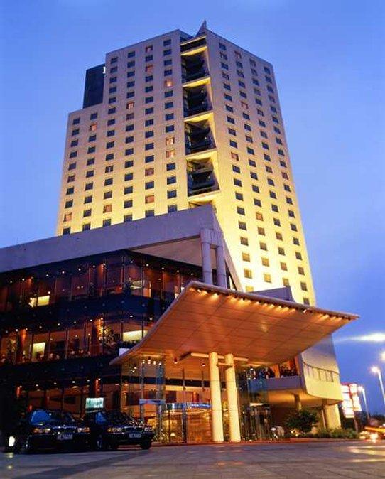 Hilton Beijing Hotel Außenansicht
