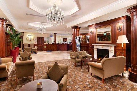 โรงแรมฮิลตัน นิวเบอรี่ เซ็นเตอร์ - Lobby