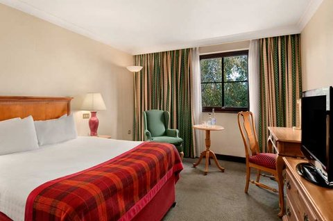 โรงแรมฮิลตัน นิวเบอรี่ เซ็นเตอร์ - Guest Room