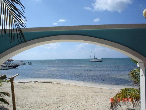 Coconuts Caribbean Resort - Beach