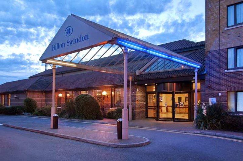 Hilton Swindon 外観