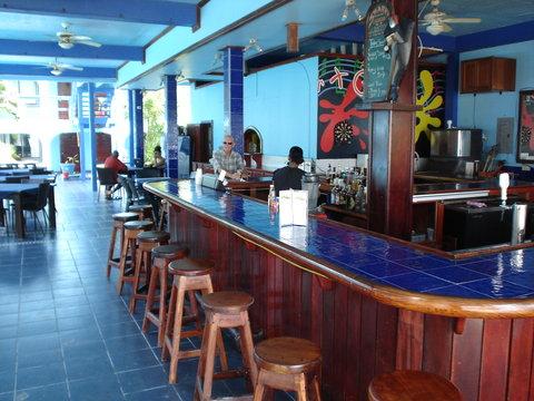 Coconuts Caribbean Resort - Bar