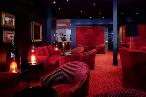 Kempinski Hotel Das Tirol - Rubin Bar