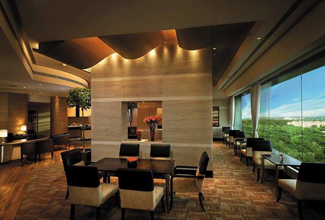 Shangri-La's Eros Hotel New Delhi Bar/salón