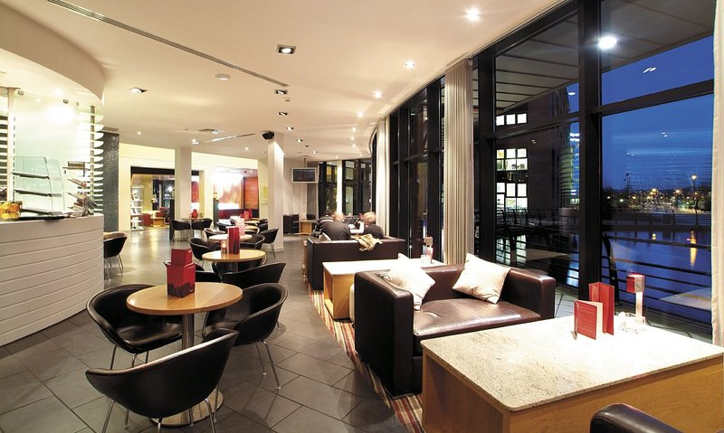 Radisson Blu Hotel Belfast Gastronomia