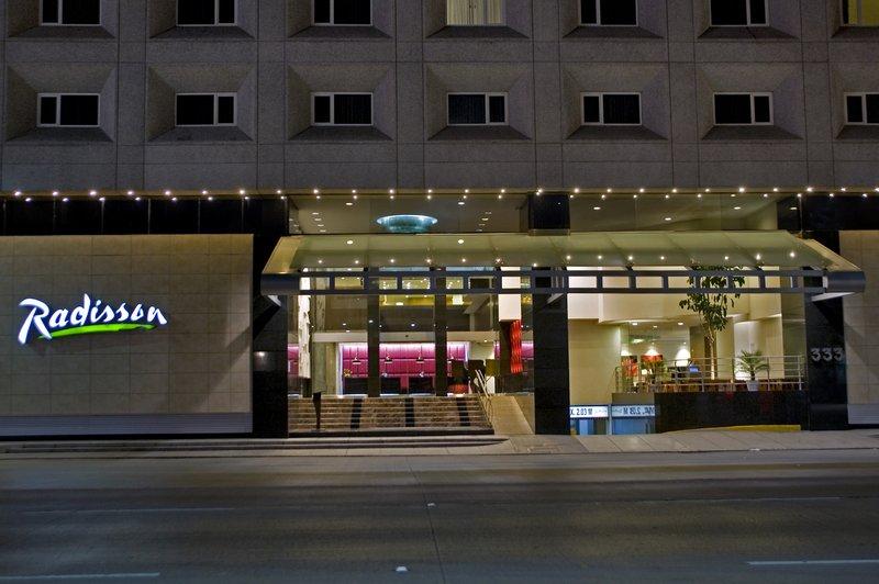 Radisson Hotel Flamingos 外景