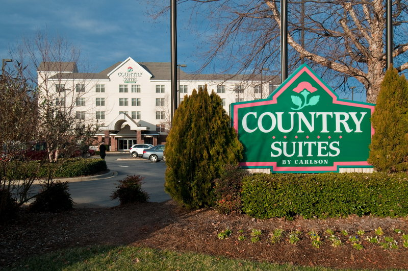 Country Suites Lake Norman - Huntersville, NC