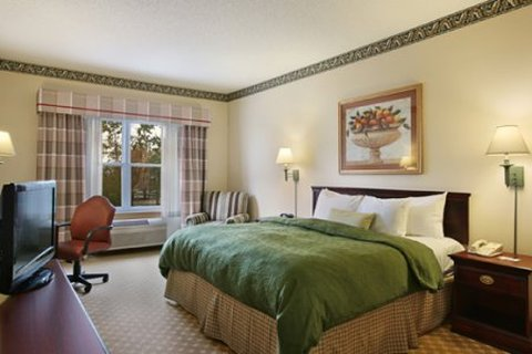 Country Inn and Suites Columbus Airport East - King Room