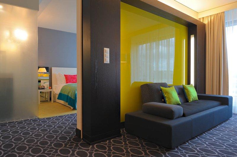 Radisson Blu Hotel, Zurich Airport lakosztály