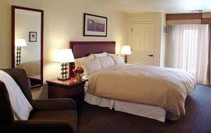 Larkspur Landing Hotel - Hillsboro, OR