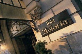 阿斯塔尼亚酒店 - Sign