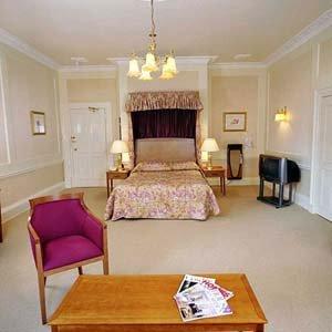 Arnos Manor Hotel - Guest Room