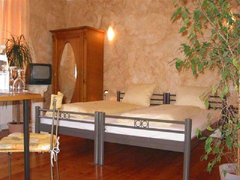 Hotel And Restaurant Auerstein - Guest room