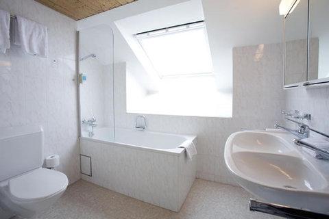 Hotel Rochat - Bathroom