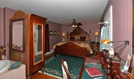 Cobblestone Manor - Auburn Hills, MI