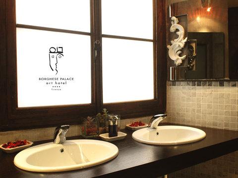 Borghese Palace Art Hotel - Details   Style