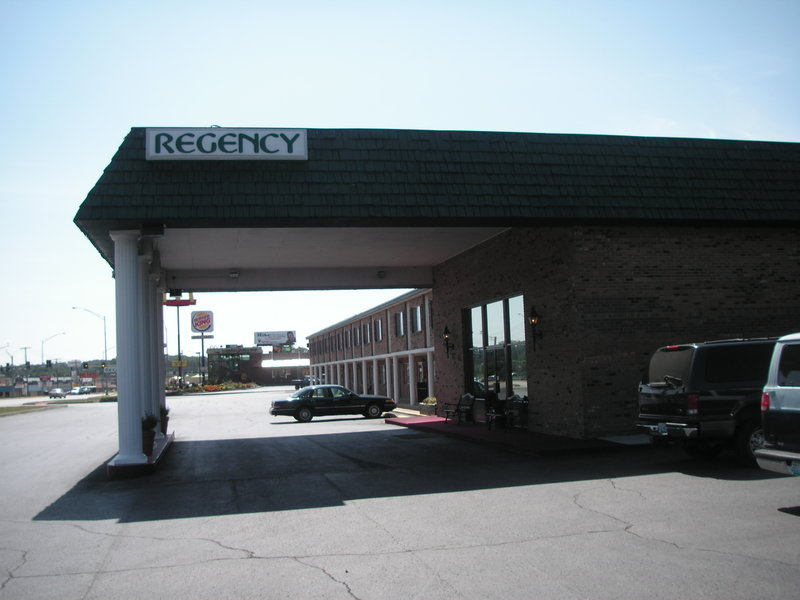 Regency Inn And Suites - West Plains, MO