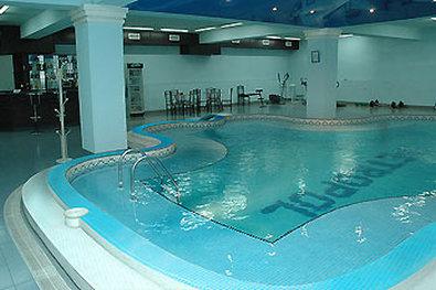 Metropol Hotel - Yerevan - Pool view