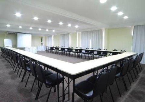 Rockefeller Slaviero Conceptual Hotel - Conference Room