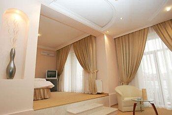 Premier Hotel - Suite