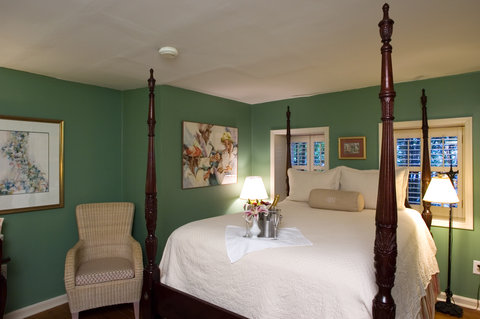 Battery Carriage House Inn - One of our cozy first floor carriage house rooms