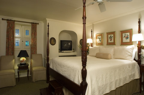 Battery Carriage House Inn - One of our suptuous King rooms with whirlpool tub