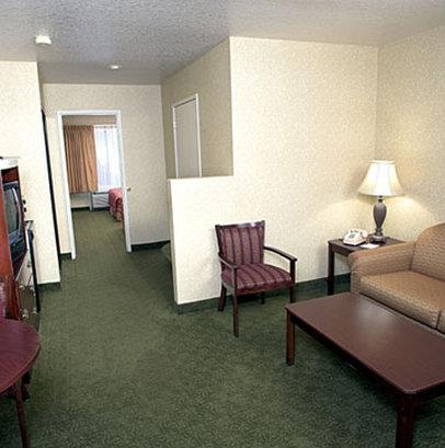 卡斯特套房酒店 - Suite