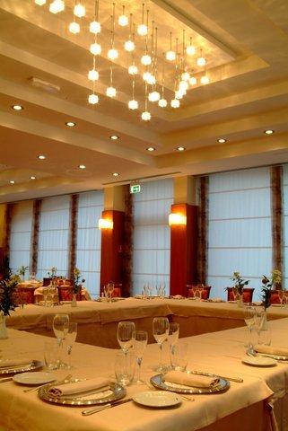 Poli Hotel - Restaurant