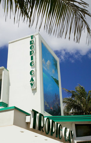 Tropic Cay Beach Hotel - Exterior view