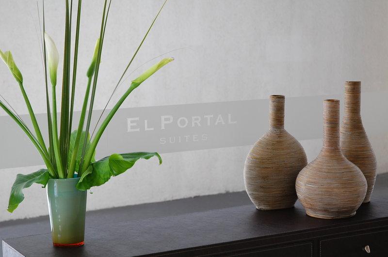 El Portal Suites Apart Hotel Lobby