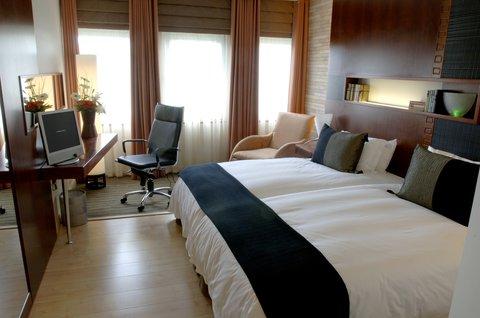 Townhouse Hotel - Luxury Room