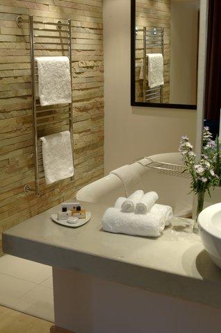 Townhouse Hotel - Bathroom 2