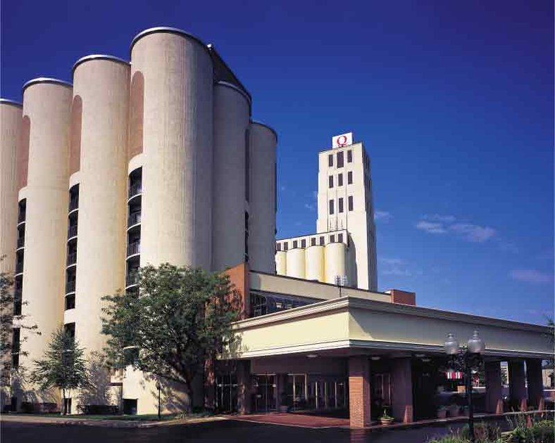 Quaker Square Inn at University of Akron - Akron, OH